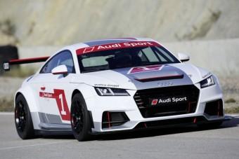 Versenyautó készül az Audi TT-ből