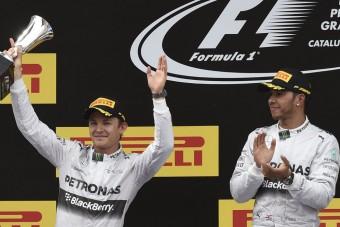 F1: A Mercedes nem segít Hamiltonon, ha lemarad