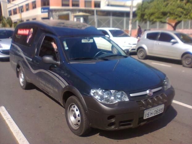Dél-Amerikában tényleg mindent, mindent átalakítanak halottaskocsivá. Ez a Fiat is a példák egyike.