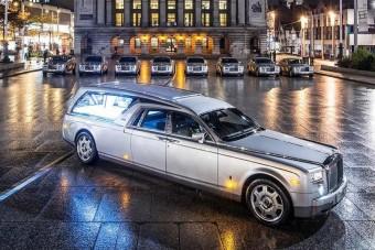 Stílusos távozás: Rolls-Royce halottas kocsi