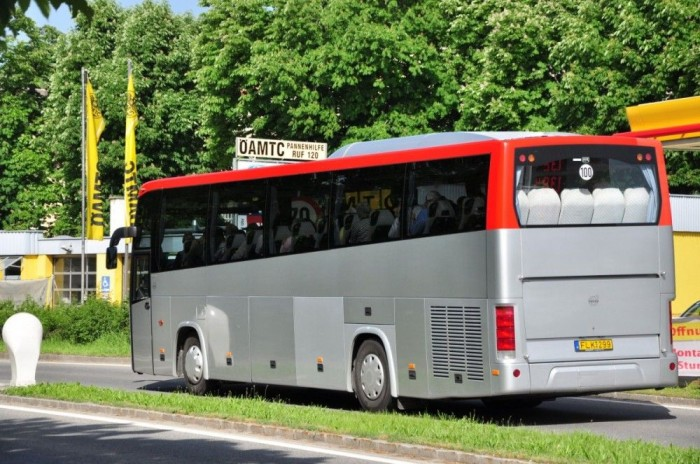 A Volvo B9900-as sajátossága, hogy padlómagassága fokozatosan emelkedik