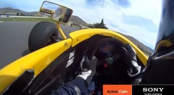 Újra pályán üvölt Schumacher első autója