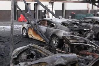 12 luxusautót gyújtottak fel