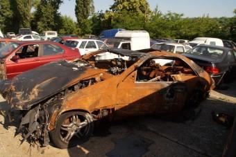 Lecsaptak két illegális pesti autóbontóra