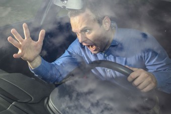 Döbbenetes közelharcot vívott két autós Pesten