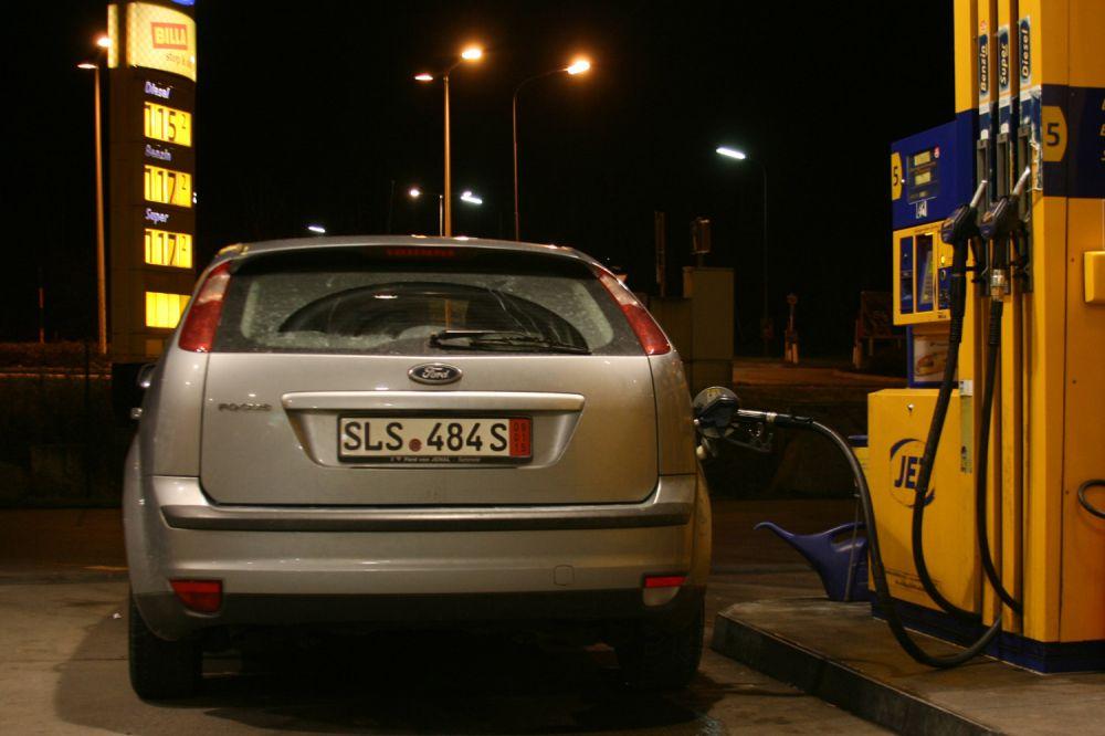 autók automatikus kereskedelme megrendelésre