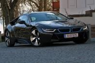 22 milliós BMW-vel akartak kisurranni a magyar határon, nem sikerült 3