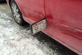 Autót tört a parkolóban, de a sors odavágott