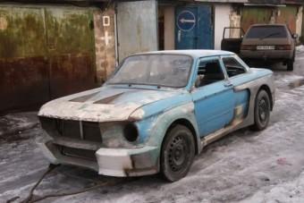 Így lesz sportautó egy leharcolt Zaporozsecből
