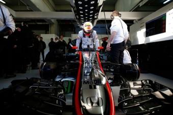 F1: Nyelvi nehézségek a McLaren-Hondánál?