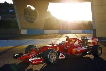F1: Hamilton nem tojt be a Ferraritól