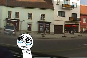 Belerongyolt egy boltba a soproni tanulóvezető