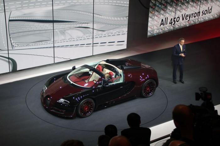 Eladták mind a 450 darabot a Veyronból. Lesz utódja.