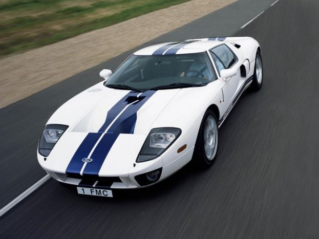 4. 2004 Ford GT - 7m 52s