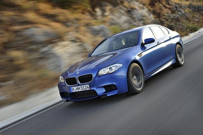8. 2012 BMW M5 - 7m 55s