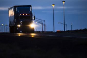 Letöltendő börtönt kapott az agresszív kamionos