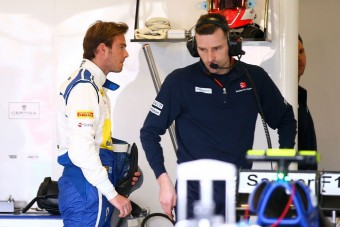 F1: van der Garde nem ül be a Sauberbe