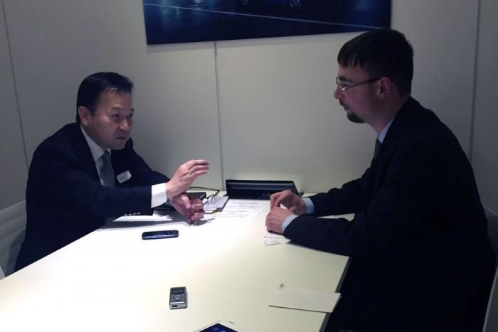 Száno Tecuji a Toyota Motor Europe kötelékében a járműfejlesztéseket irányítja. A beszélgetésre a Genfi Autószalonon találtunk alkalmat