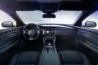 Így néz ki a vadonatúj Jaguar szedán!