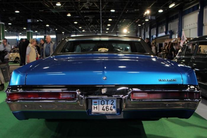 Négyhullás csomagtartó Buick módra, ráadásul eladó, 16500 euróért.