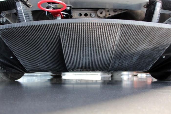 Így néz ki az Audi R8 LMS alja
