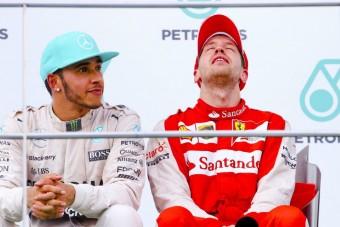 F1: Ez nagyon járt a példamutatóan tűrő Vettelnek