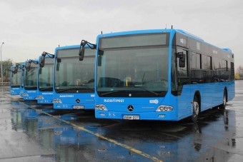Ismerje meg Budapest új babakék buszait!