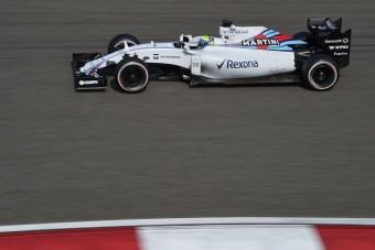 F1: A Williams versenye négy kanyar alatt elszállt