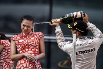 F1: Hamilton duplán kihúzta a gyufát