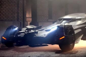 Íme az új Batmobile egészen közelről