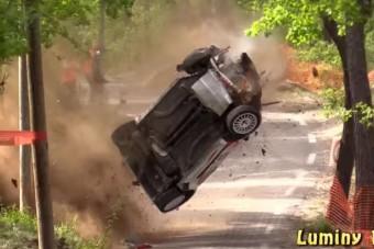 Hatalmas baleset egy francia ralin