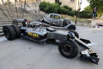 Brutális Forma-1-es Mad Max stílusában