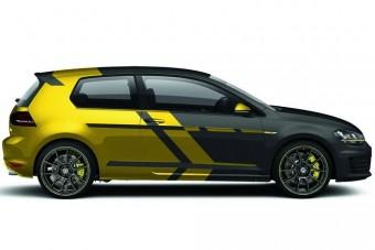 Egyedi VW GTI-átirat