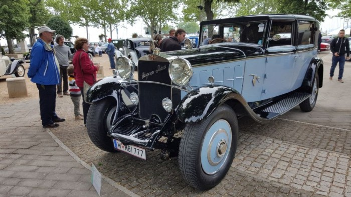 Hispano-Suiza H6B 1922 - Franciaországban gyártották 6,5 literes motorral. Ez volt a legdrágább autó a versenyen, bőven 1 milliárd forint forintnak megfelelő eurót ér, és el is hozta az idei verseny első helyét.