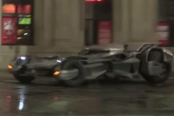 Videóra vették, ahogy az új Batmobile csapat