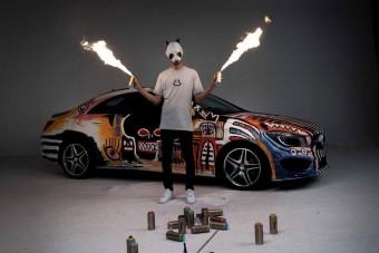Műalkotást faragtak a kecskeméti Mercedesből