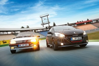 Összehasonlító teszt: Peugeot 205 GTi és Peugeot 208 GTi
