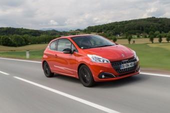 Az új Peugeot 208 beéri 3 literrel százon