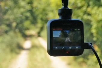 Miért nem vesz mindenki kamerát a kocsijába?