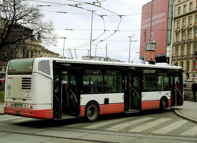 Teljes identitás zavar, a Csehországban készülő Irisbus Citelisekre időnként még felkerült a Karosa-felirat is