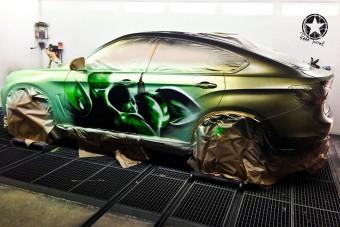 Így lesz Hulk a BMW X6-ból