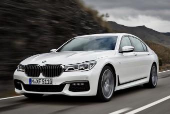 Mégis jöhet a BMW M7?