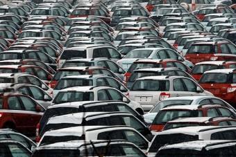 Úgy veszik az új autót Európában, mintha muszáj lenne