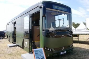 Új katonai busz Magyarországról