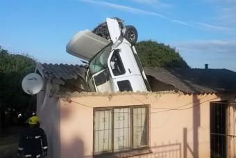 Rejtélyes baleset Kwamakhuthán