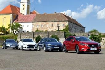 Összehasonlító teszt: melyik a legjobb középkategóriás autó?