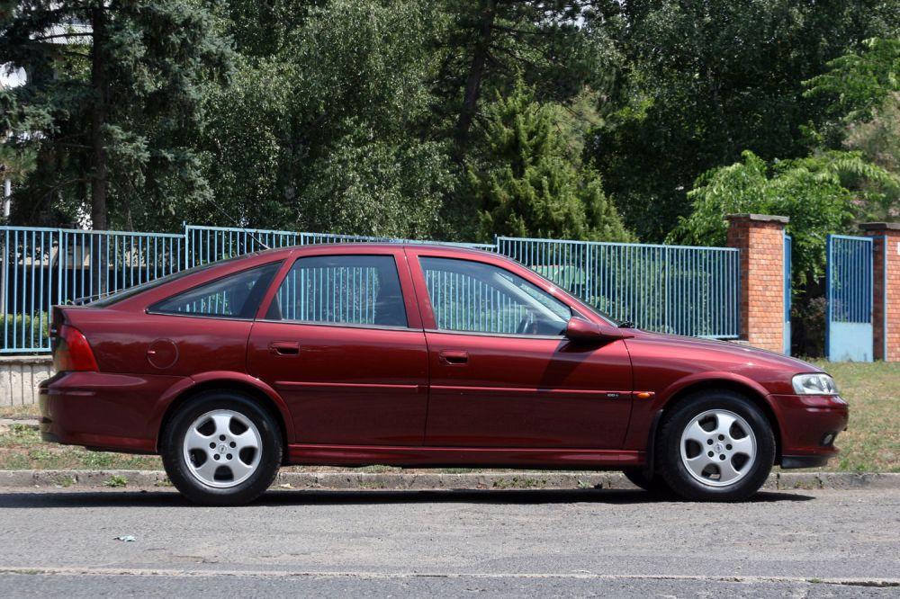 használt autó: opel vectra b 1995-2002
