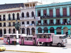 Azt hiszed nálunk a legnagyobb kaland a buszozás?