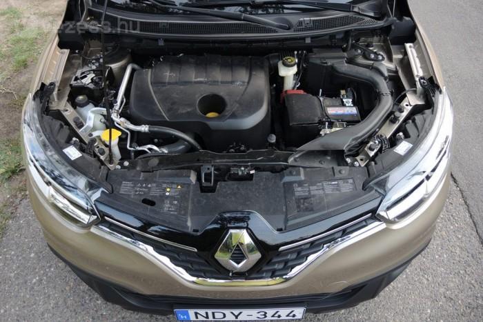 Az 1,5-ös dízelmotor nem bitangerős, de elég a Kadjarhoz, ugyanakkor különösen takarékos