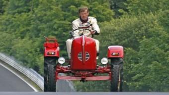 Walter Röhrl és a Porsche csúcsra járatja a német humort